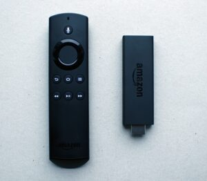 عصا fire tv لبث وتشغيل محتوى الجوال على التلفزيون لا سلكيا